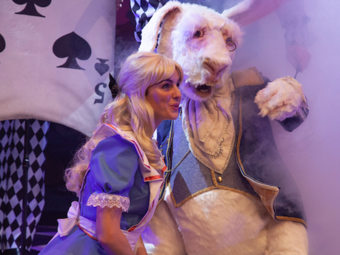 Alice in Wonderland Live